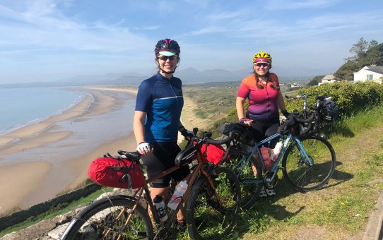 Cycling across Wales on the Lon Las Cymru