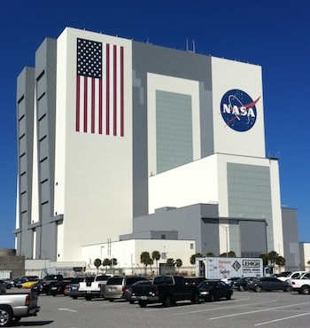 New tour offers the first public look inside Kennedy Space ...