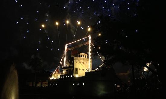 Star Wars fireworks at Disney Wolrd