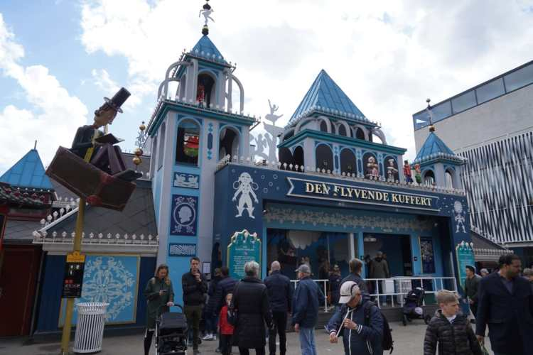 The Flying Trunk at Tivoli
