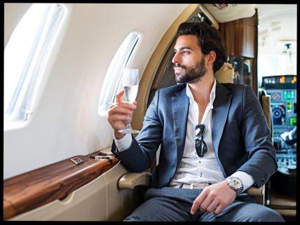private jet istock extreme photographer 1024x768 1 - Sai che in Italia ci sono 200'000 laureati senza lavoro?