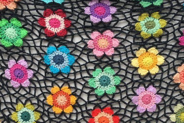 Happy Flower Shawl crochet pattern