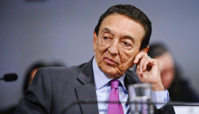 Com votos de Lobão e Rocha, Senado aprova aumento para ministros do STF