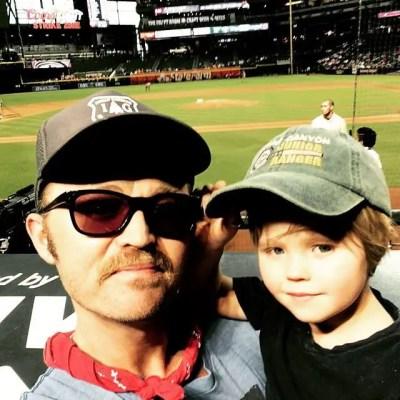 Brandon Decker and his son (Source: Instagram @deckermusic)