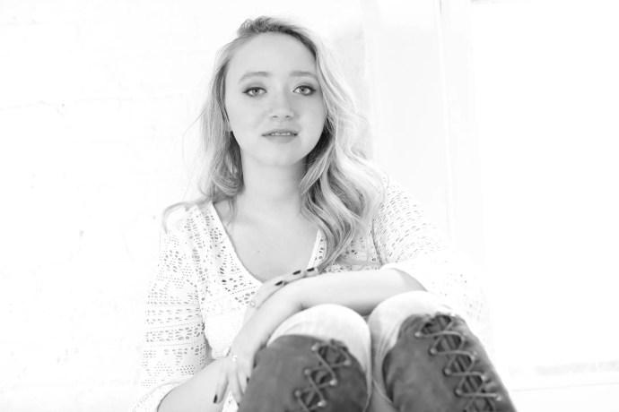Emma Charleston © Sandrine Lee