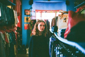 EP Review: 'Dressed Too Nice for a Jacket' Introduces the Charming Maisie Peters to the World