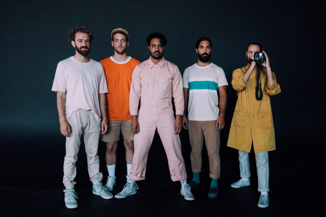 Young the Giant © Wesley Yen