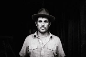 Songs of Triumph and Redemption: Gregory Alan Isakov's Breathtaking 'Evening Machines'