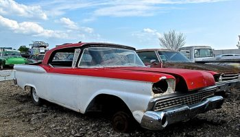 1963 Ford Fairlane 500 Hardtop in Bastrop | ATX Car Pictures