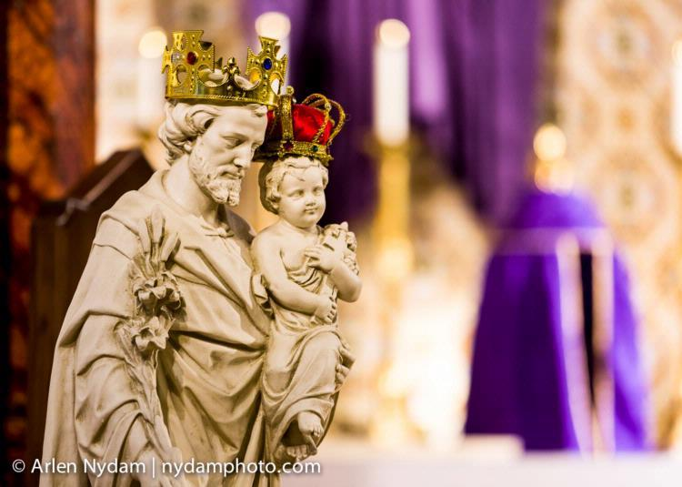 The Crowning of St. Joseph!