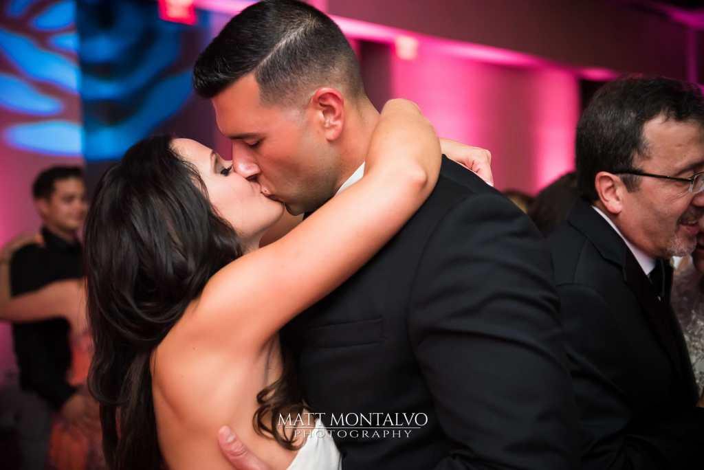 Austin Wedding DJ - W-hotel-wedding-photography-B&G
