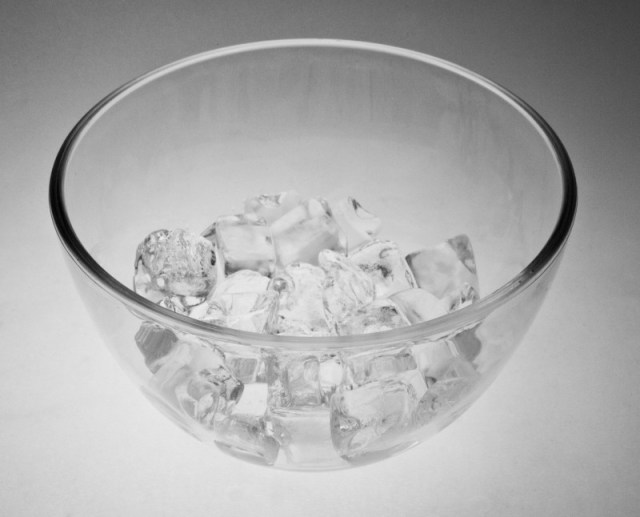 clear-glass-bowl-of-ice-cubes_medium