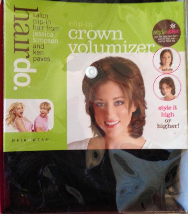 Crown volumizer in package