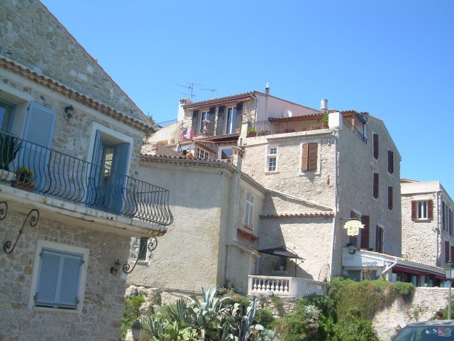 Antibes. Homes along the ramparts