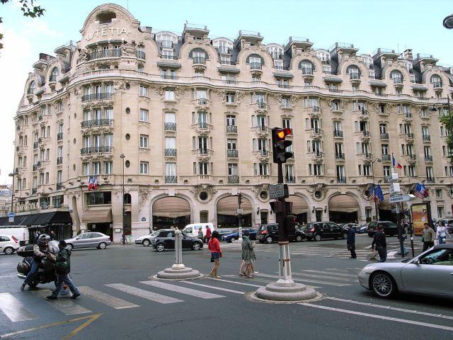 1024px-Lutetia_Hotel,_July_4,_2007