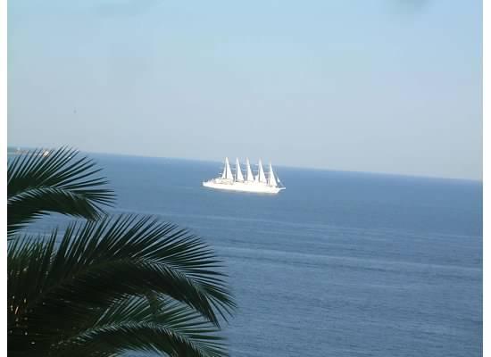 realy cool sailboat