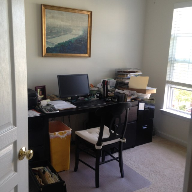 come-on-the-messy-home-office-2