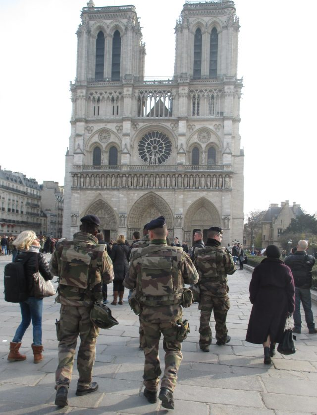 sunday-morning-paris-is-safe-at-notre-dame
