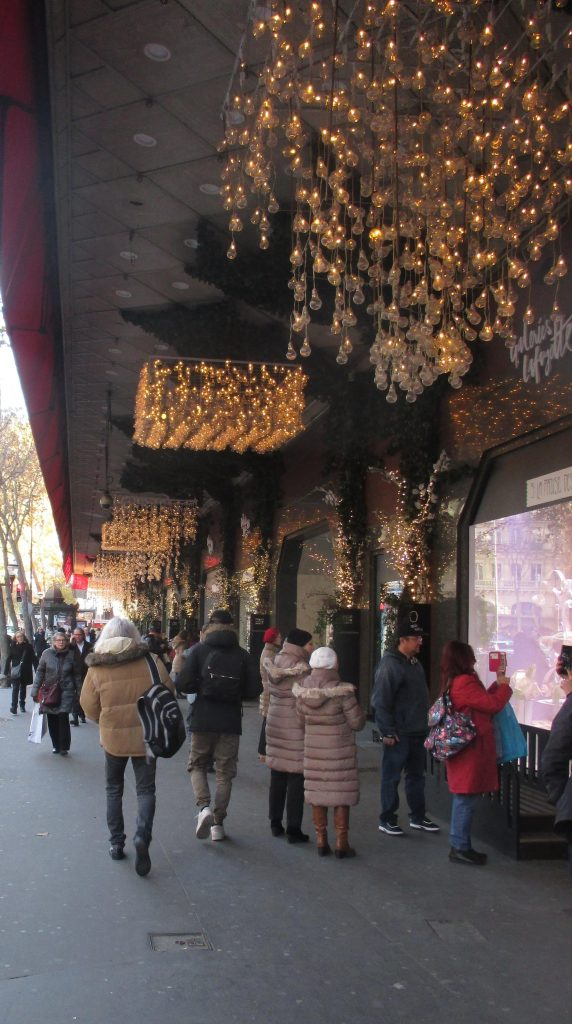 tuesday-galeries-lafayette-outside