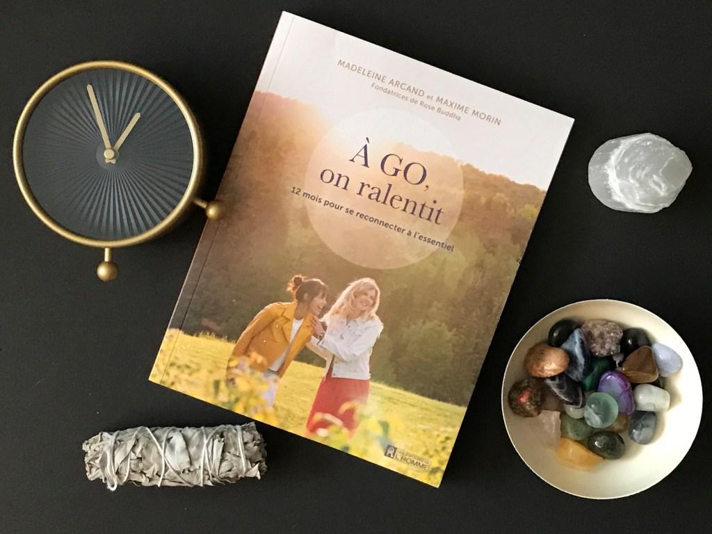 Ralentir demande du temps. Le livre À GO, on ralentit est un point de départ fantastique pour y arriver. #slowlife #slowliving #ralentir #myrosebuddha #madeleinearcand #maximemorin #collabo