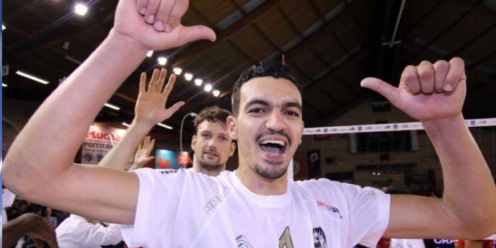 CAN de Volleyball: les Marocains Mohamed El Hachdadi et Zouheir Elgraoui récompensés