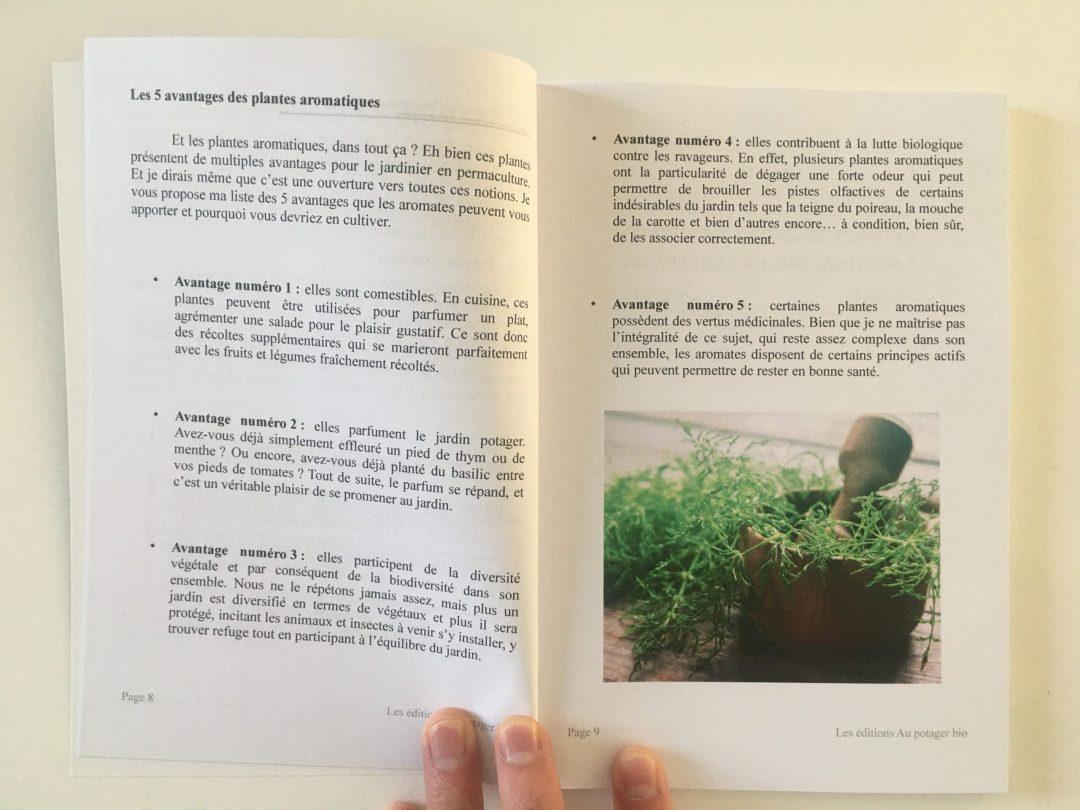 image livre papier aromatiques