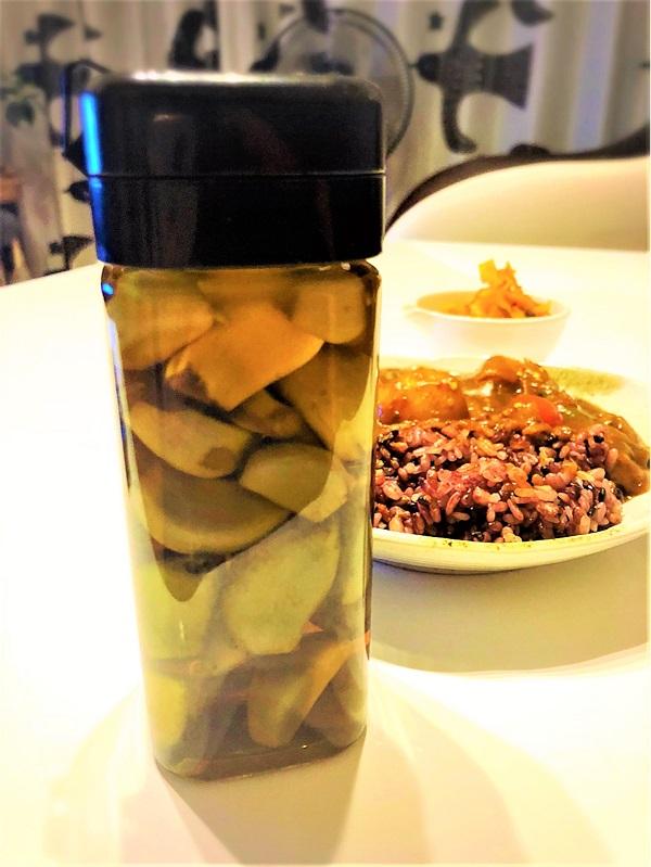 体に良くて驚きの美味しさ!「にんにく酢」の作り方と効能