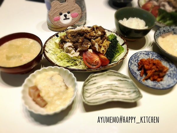 肉団子の甘酒味噌汁と豚しゃぶサラダの献立レシピ