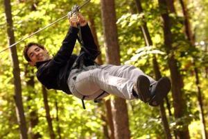 parcours-jeu-d-aventure-d-arbre-en-arbre-shawinigan-240891175