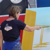 Michelle-Auboiron-Neon-Boneyard-peinture-live-a-Las-Vegas-2 thumbnail