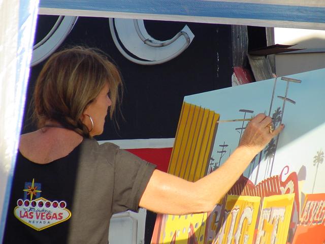 Peinture live du Neon Boneyard (Cimetière des Néons) de Las Vegas par Michelle AUBOIRON