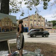 michelle-auboiron-peintre-en-action-a-la-havane thumbnail