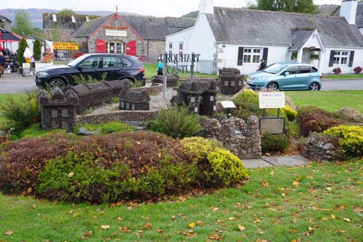chateau-Drumnadrochit-Ecosse-Loch-Ness