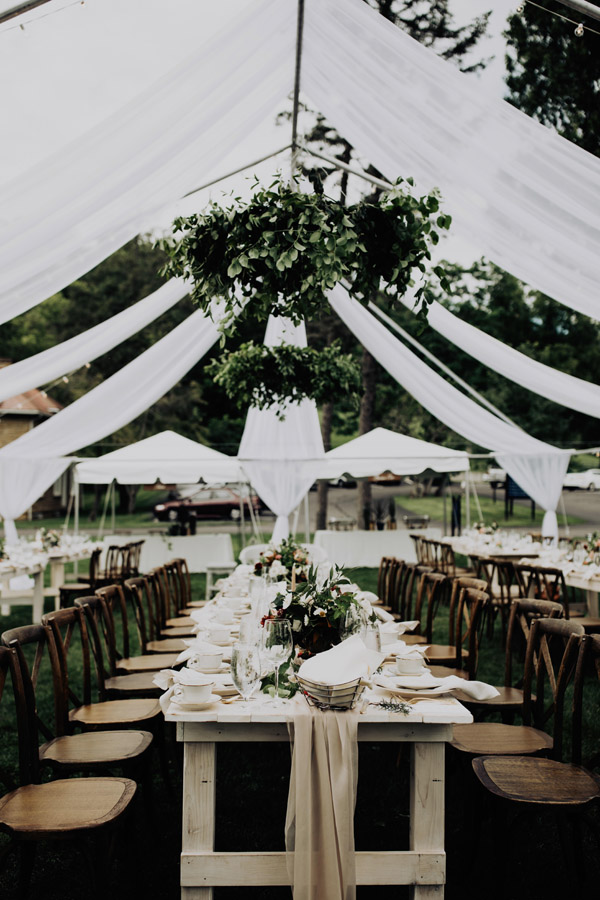 gorgeous outdoor reception decor at Bryn Du Mansion by Auburn + Ivory