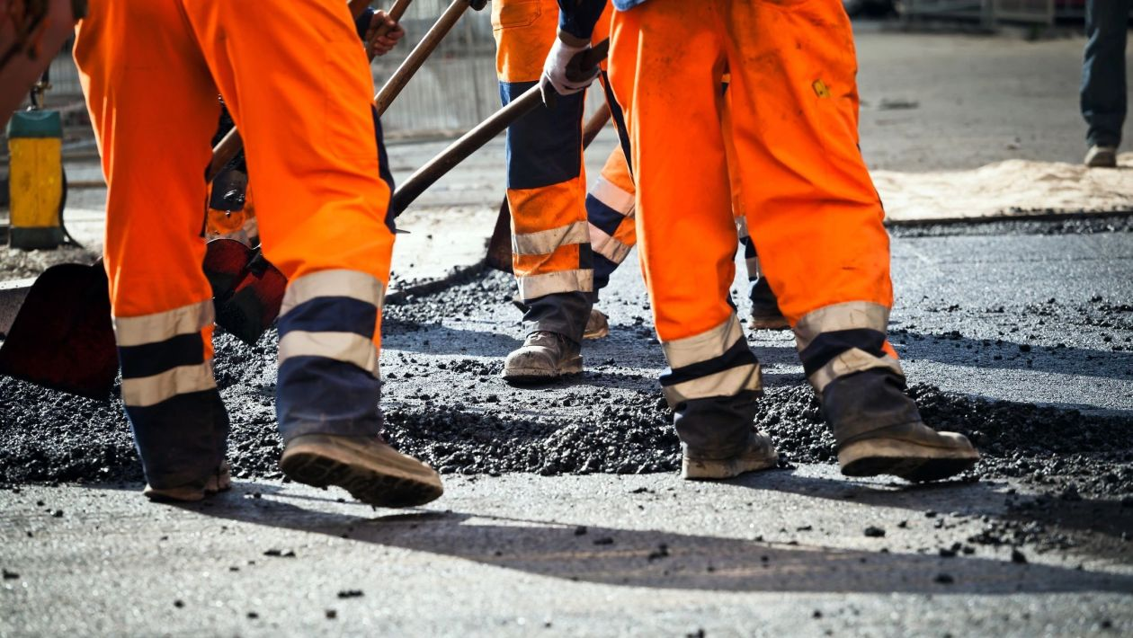 potholing, pavement preservation