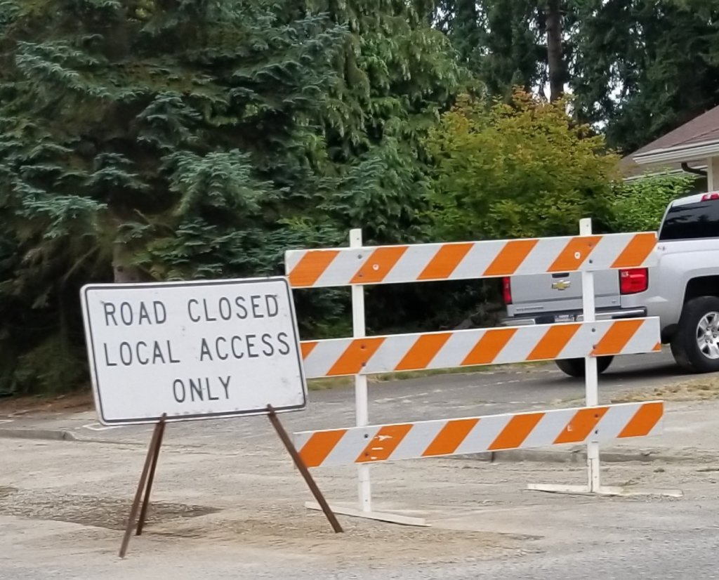 road closed, local access only