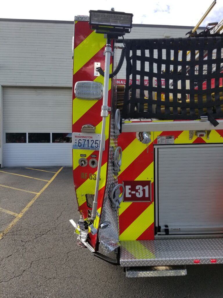 VRFA, valley regional fire authority, auburn wa fire department, moveover, slow down move over, fire engine damaged,