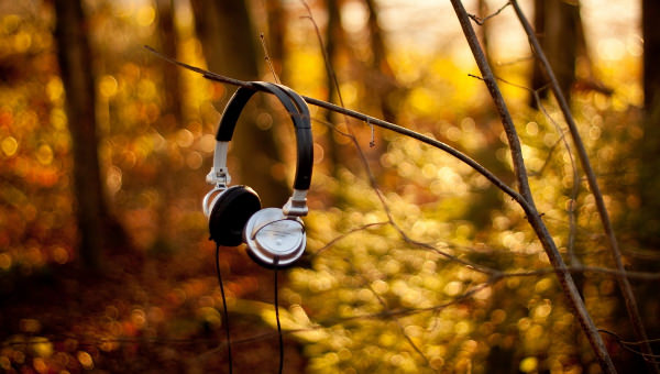 headphones, fall headphones, playlists, november playlists, fall music