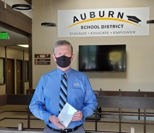 Lew Keliher, ASD career and technical education, Director of Career and technical educatrion, ASD, Auburn School District Director, Award Lew Keliher, achieve spotlight award, auburn area chamber of commerce, spotlight award