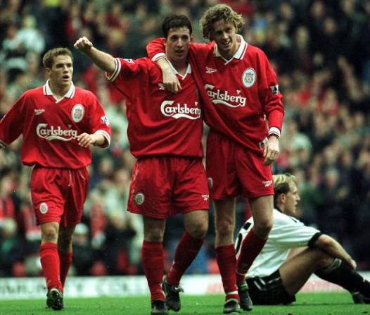 Liverpool champion : Robbie Fowler, Steve McManaman et Michael Owen furent les leaders de Reds au tournant des années 90 et 2000