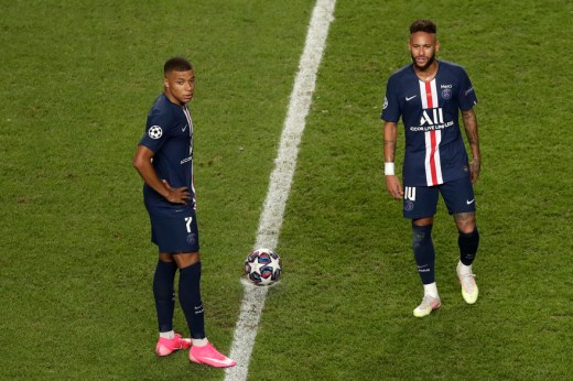 Les stars attendues Neymar et Mbappé sont passées à côté de leur finale