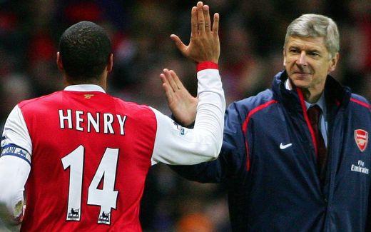 Arsène Wenger avec Thierry Henry, le plus illustre de ses Gunners