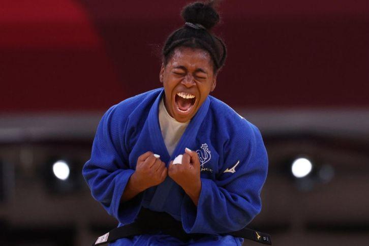 Sarah-Léonie Cysique remporte la médaille d'argent en judo dans la catégorie des -57 kg