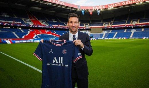 Lionel Messi sous ses nouvelles couleurs parisiennes