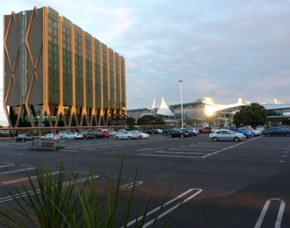 Auckland airport hotel