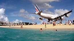 Maho planes St Maarten