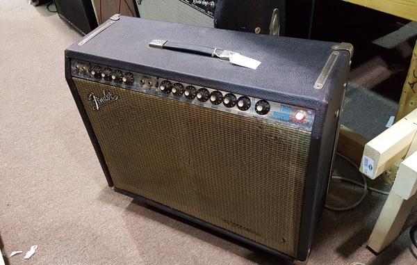 Fender Twin Reverb Guitar Amp Amplifier Twin Verb