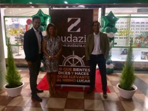 Con el Director General de RIU Parfums en la re-inauguración de su tienda, en Varadero (Gran Canaria)
