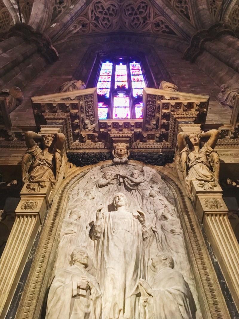 À l'intérieur du Duomo