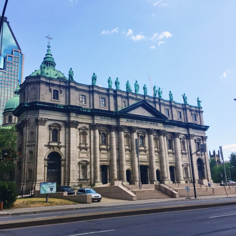 Basilique-cathédrale Marie-Reine-du-Monde